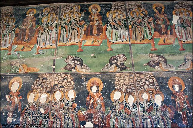 """Роспись наружной стены храма Agios Sozomenos в галате. Фрески """"торжество православия"""" и """"Семь вселенских соборов"""""""